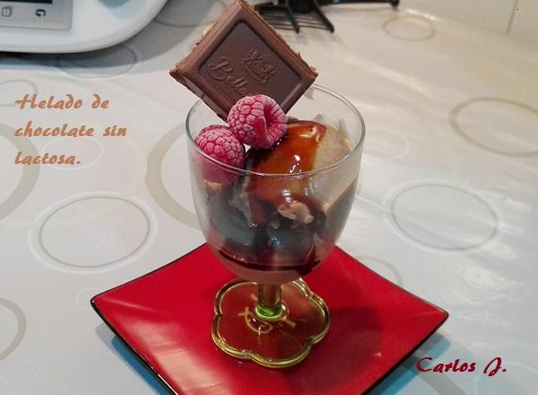 Helado de chocolate sin lactosa.