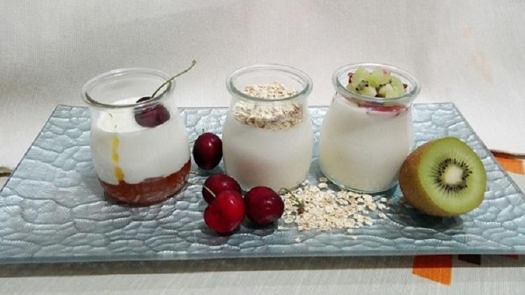 Yogurt natural cremoso a gusto de todos