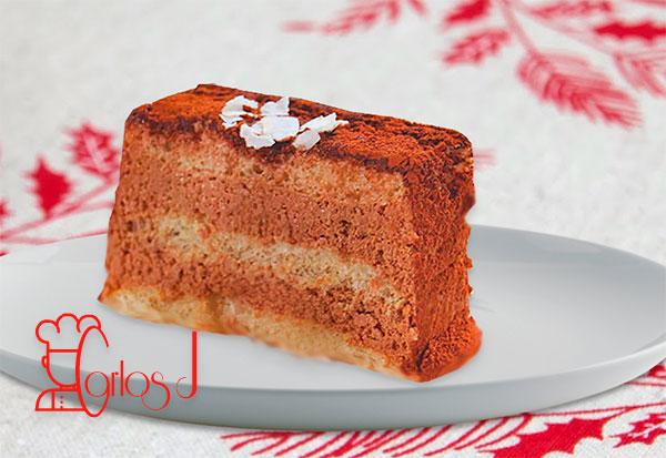 Pastel de mousse de chocolate y coco