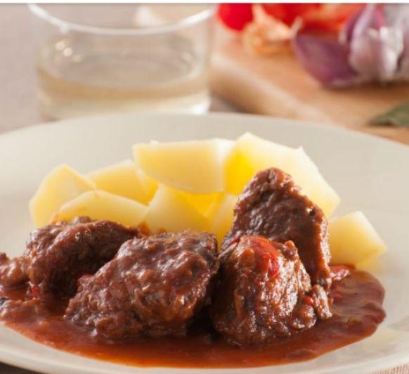 Carrilleras en salsa de pimientos rojos en Thermomix® , Valle de la Serena y Badajoz
