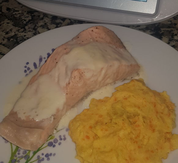 Salmon con salsa de queso manchego Thermomix® Badajoz, Merida,Calamonte,Almendralejo