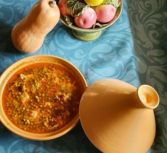 Guisantes con jamón y huevos