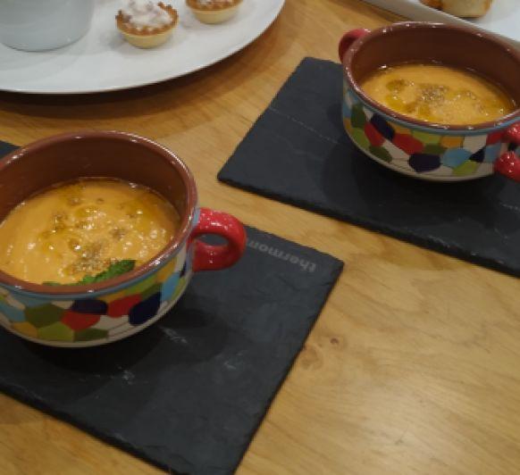 Gazpacho de hummus.