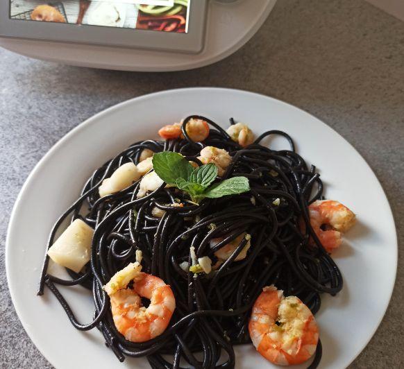 Espaguetis negros con sepia Thermomix® Badajoz