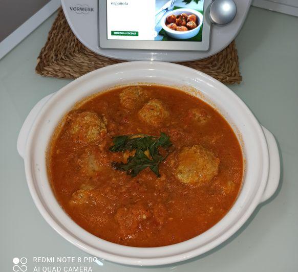 Albóndigas en salsa española. Thermomix® Zafra