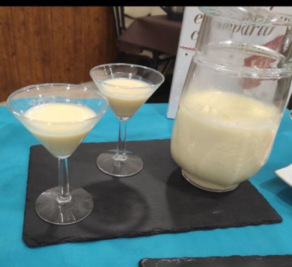 Licor de chocolate blanco en Thermomix® Badajoz, Mérida y Montijo
