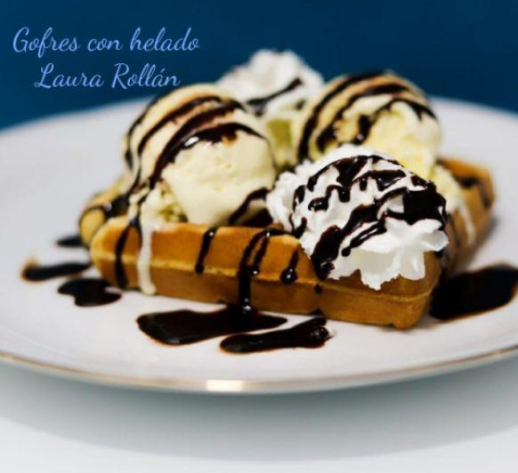 Gofres con helado y nata . Thermomix® Villanueva de la Serena- Badajoz