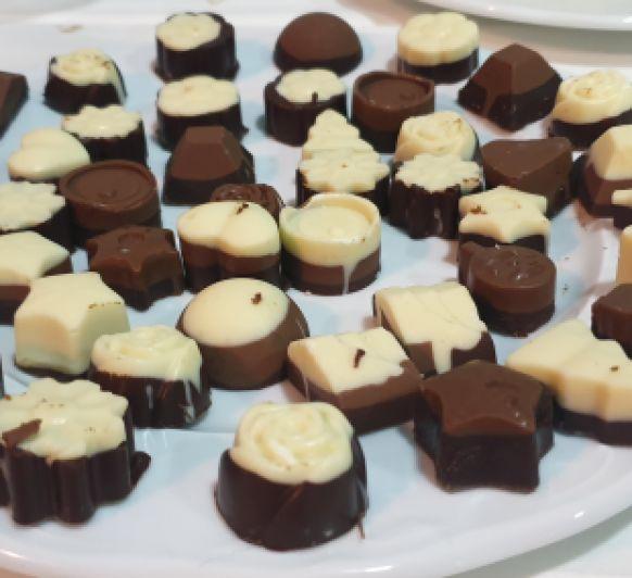 Bombones de chocolate con crema de whisky con Thermomix® villanueva de la serena- badajoz
